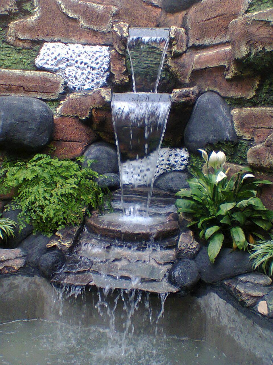 Desain Taman Air Mancur