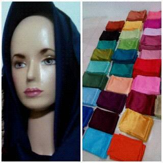 pashmina velvet, hijab velvet, kerudung pashmina velvet murah