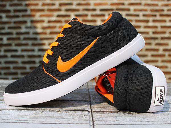 ... get jual jual sepatu casual nike roshe one hitam strip orange daffa  sport tokopedia 31ac5 ee010 1221d18cf4