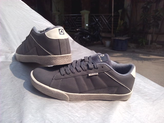 AIRWALK CHAZ LOW grey sepatu sacual sneakers original