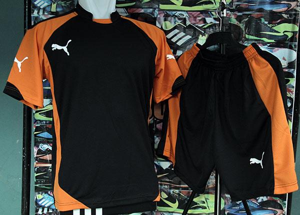 Jual Grosir   Eceran Setelan Baju Olahraga Puma Hitam Orange Jersey -  Fajarbulan Sports  3d046566c3