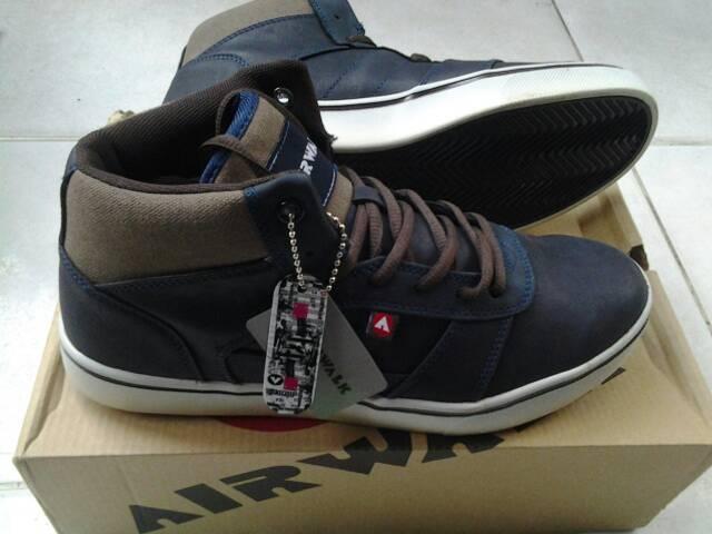 Sepatu casual Airwalk