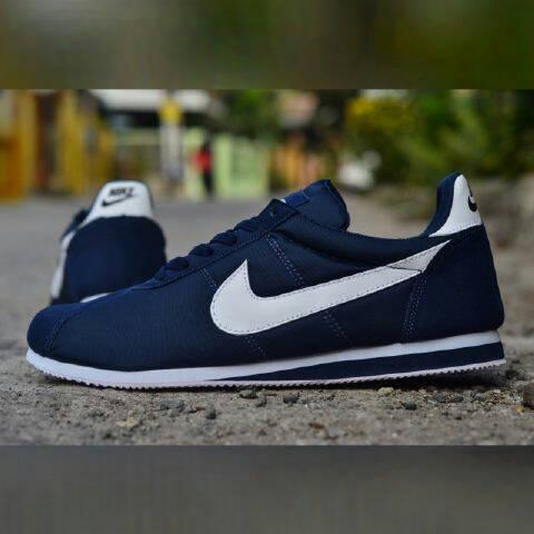 ... coupon putih factory sneaker 1f420 18122 jual nike cortez navy sepatu  casual sneakers pria easyshop 1 141012bad8