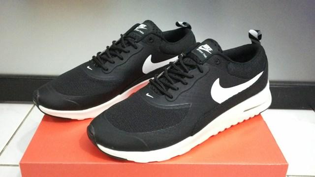 harga sepatu nike air max original made in vietnam tag