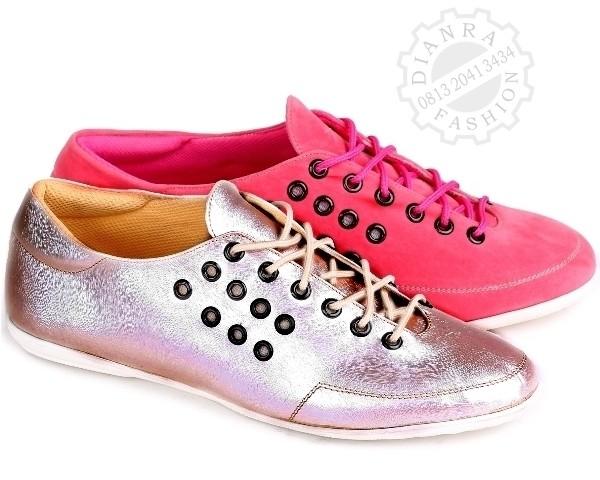 harga FLAT SHOES G516 Dianra Sepatu Casual Wanita Sandal Wedges Boot Sneaker Tokopedia.com