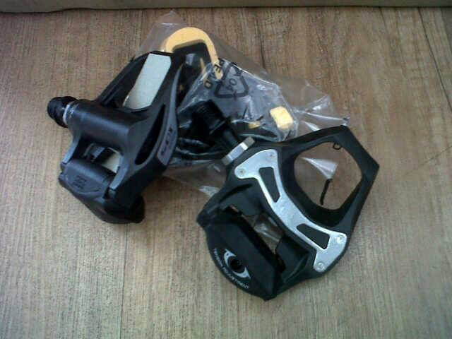 harga pedal road shimano 105 carbon Tokopedia.com
