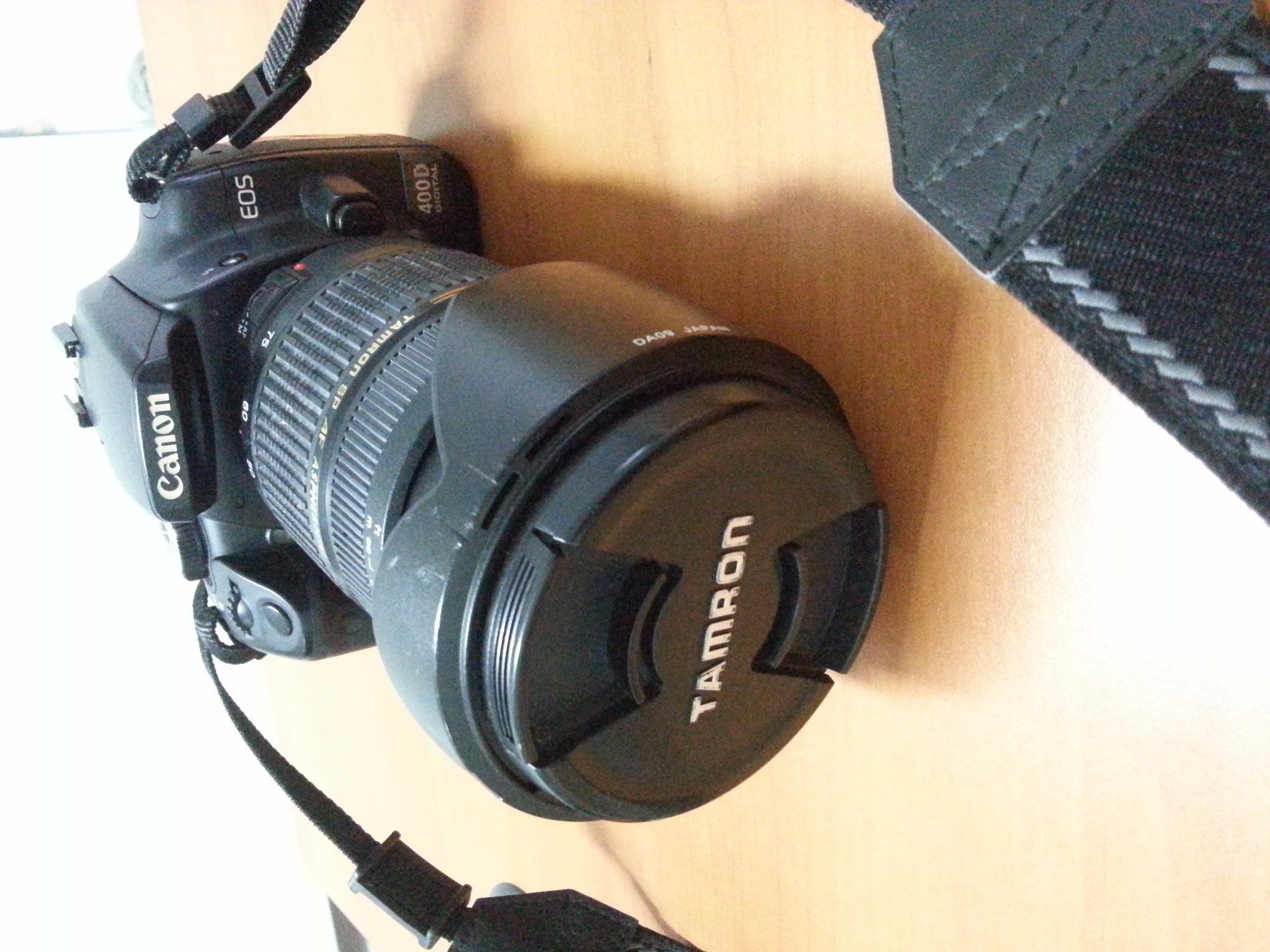 Canon EOS 400D (body) + lensa Tamron 28-75mm F/2.8 XR Di