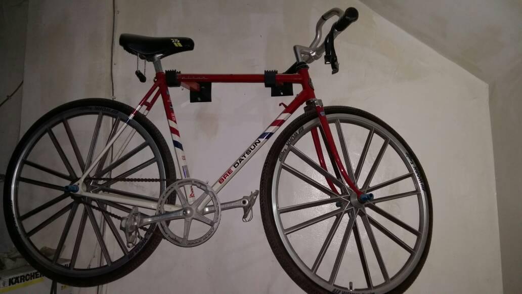 sepeda rakitan ( tidak ada sambungan)