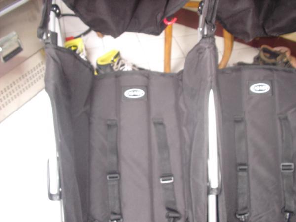 harga stroller untuk 3 anak (kembar 3) : O baby Tokopedia.com