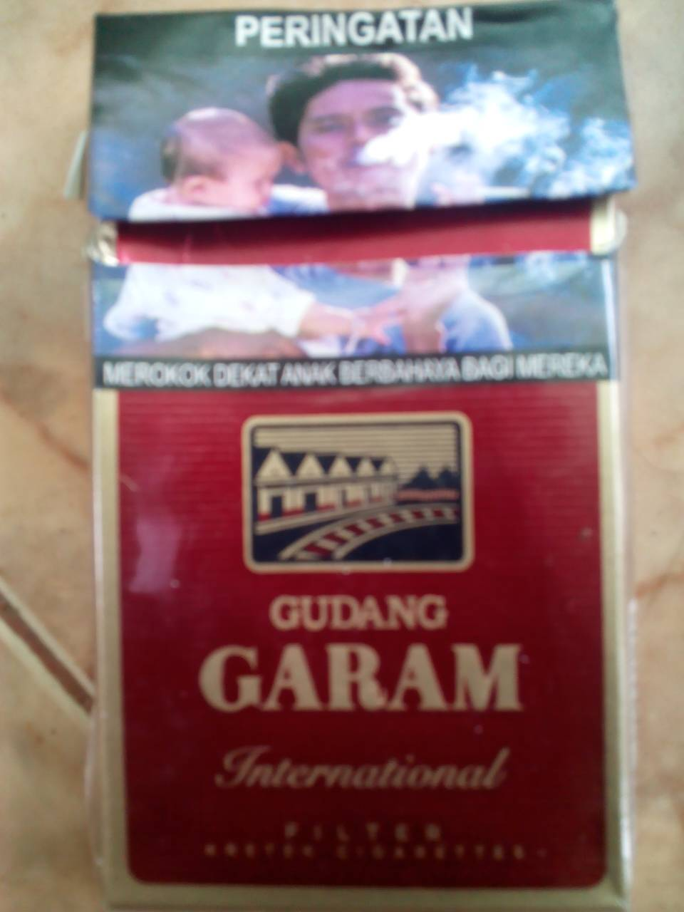 Jual ROKOK GUDANG GARAM INTERNATIONAL FILTER '12 - Donald ...