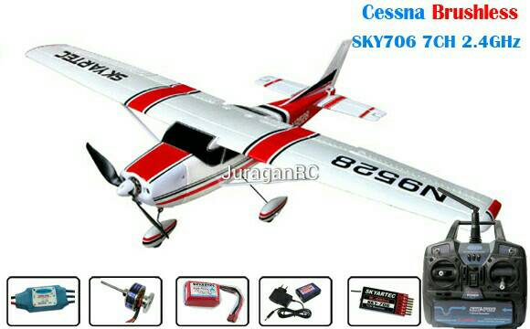 RC Airplane Skyartec Mini Cessna With 3G3X 2.4GHz Brushless