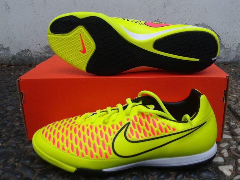 e2df5f81f0072 nike magista futsal on sale   OFF39% Discounts