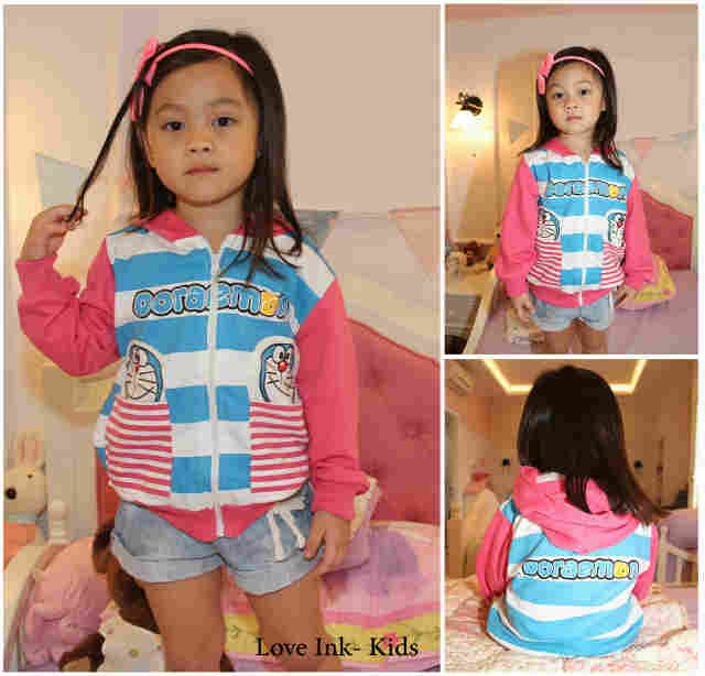 JKKD82 - Jaket Anak Doraemon Blue Stripe Pink 2 Pocket