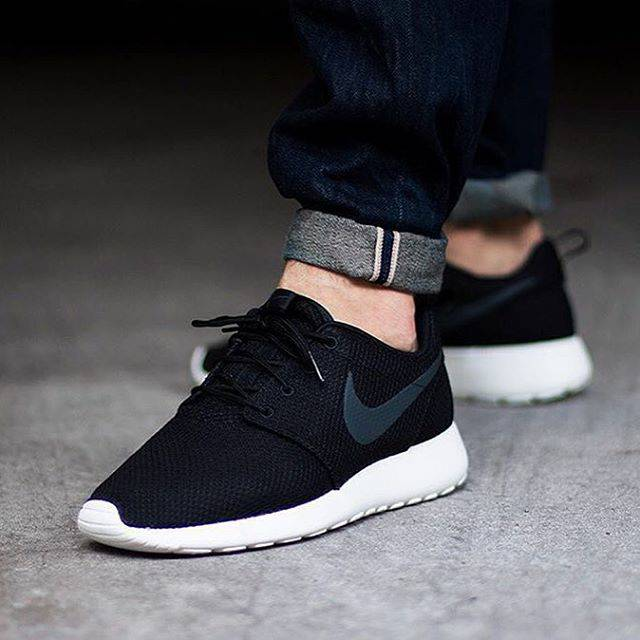 Nike Chaussures Roshe Prix Courir