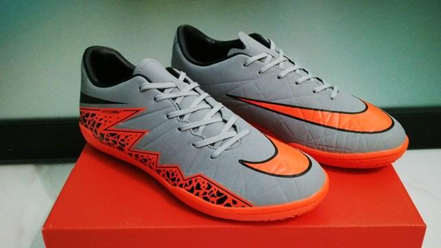 Jual Sepatu Futsal Nike Hypervenom Silver Orange