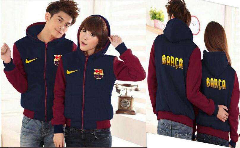Baju Couple Terbaru Model Keren Sweater Polos Murah. Jual Jaket Couple  Barca Baju Pasangan Klub Bola Cewek Cowok 3335ab3781