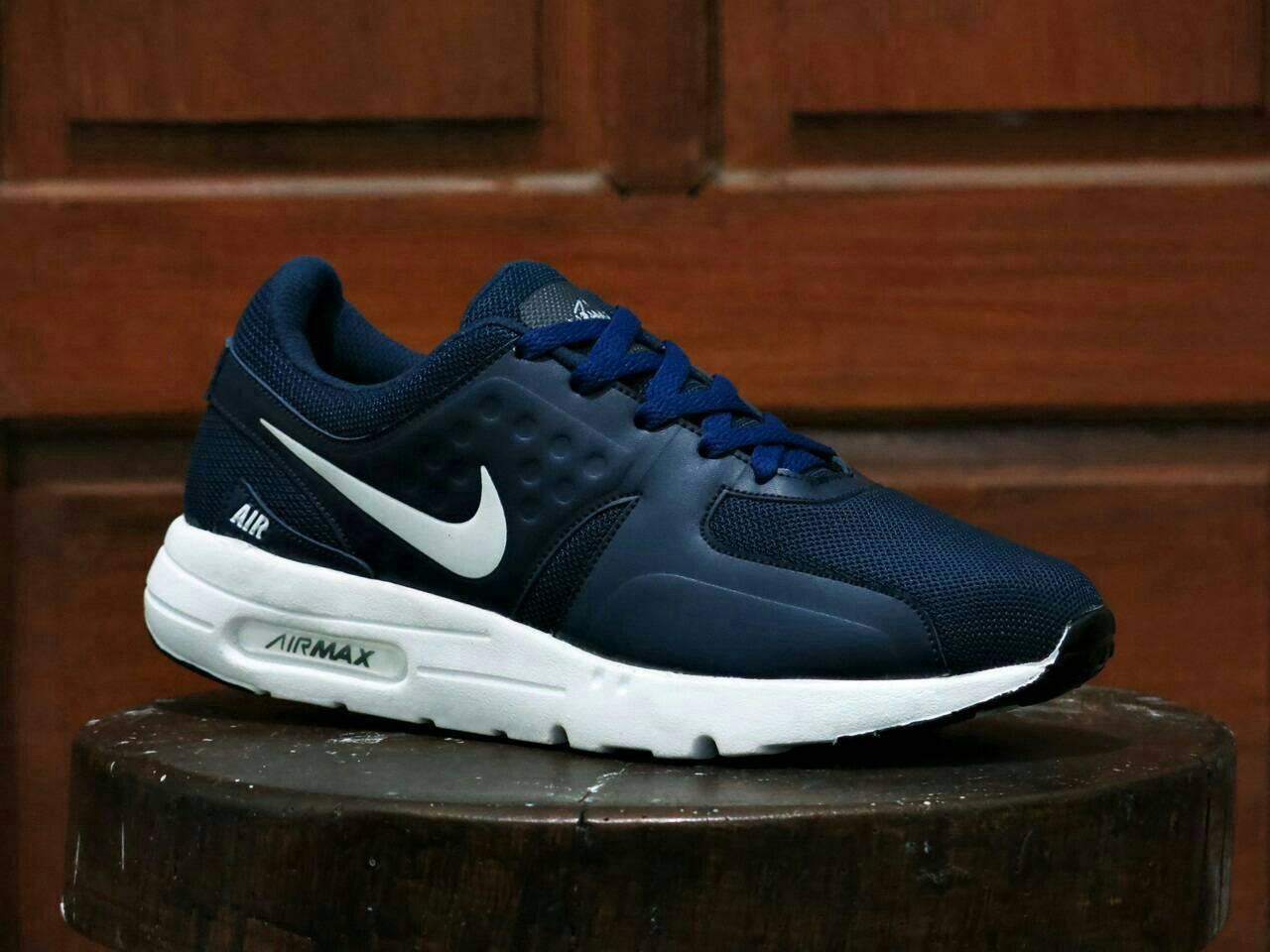 Jual Sepatu Kets Nike Airmax Zero Biru Dongker Strip Putih Bakoel Sport Olahraga Casual Wanita Tokopedia