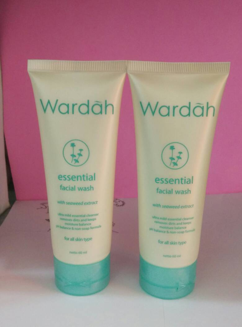 Jual Wardah Essential Facial Wash Pembersih Muka Beauties Corner Tokopedia