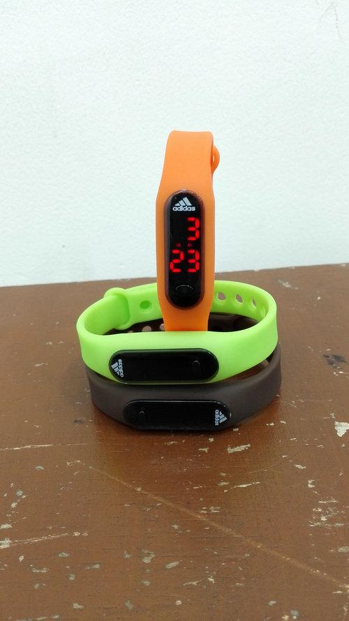 Jam Tangan Gelang Karet/rubber Led Lcd Kaca Model Xiaomi Miband Wrist