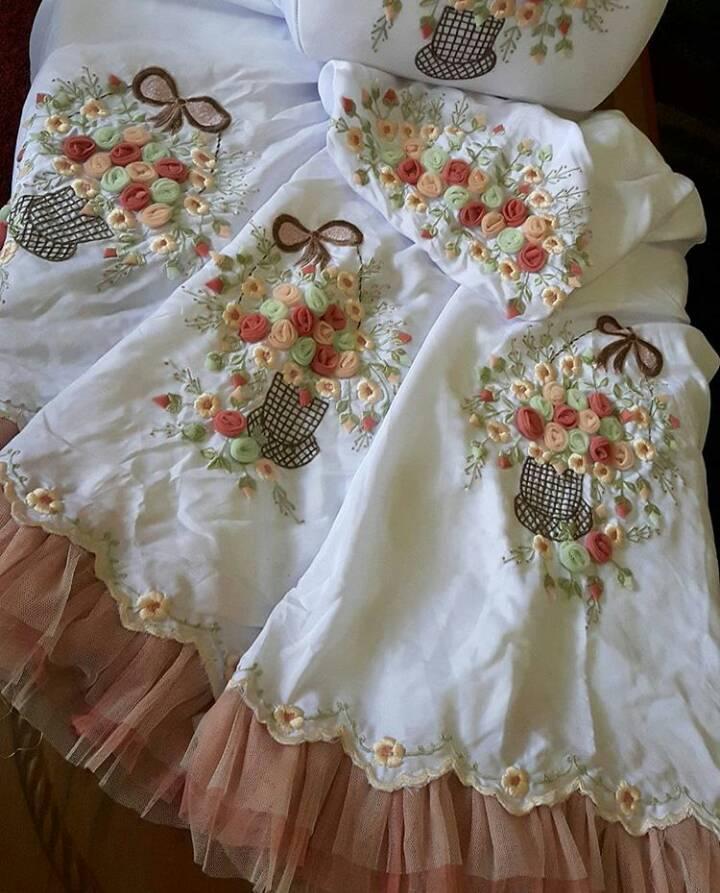 Jual mukena exclusive handmade bordir buket mawar warna putih bunga vintage - el diyas hijab |