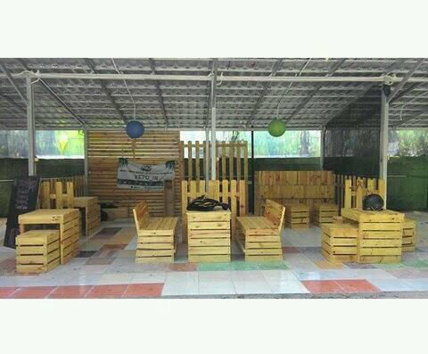 jual desain interior dan eksterior berbasis kayu palet