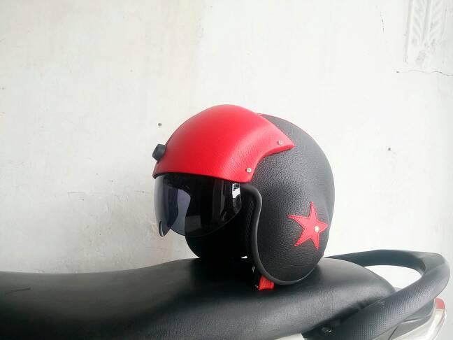 harga helm pilot fisor hitam merah Tokopedia.com