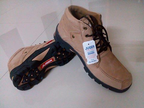 sintetis - tpr outsole - bagus dan keren. Source · Sepatu Boot .