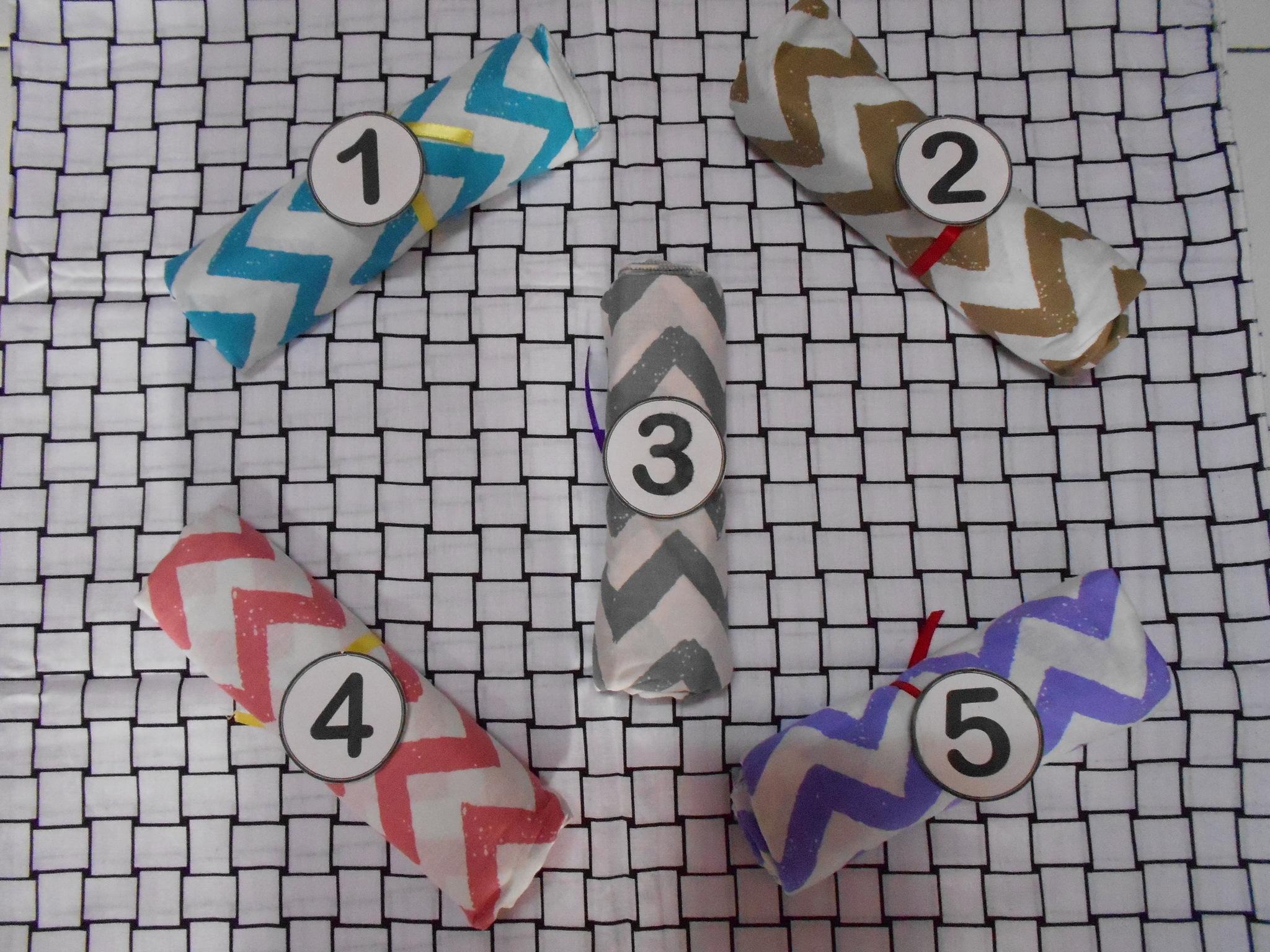Jilbab Segi Empat Monochrome Zigzag SMZ1 (Grosir Kerudung/Hijab Murah