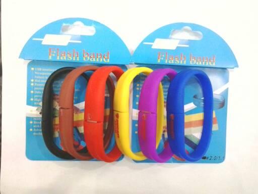 harga Flash disk gelang 32gb Tokopedia.com