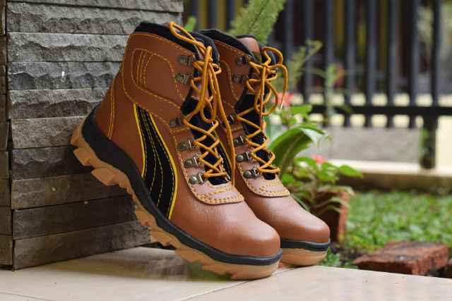 puma king safety boot tan Murah