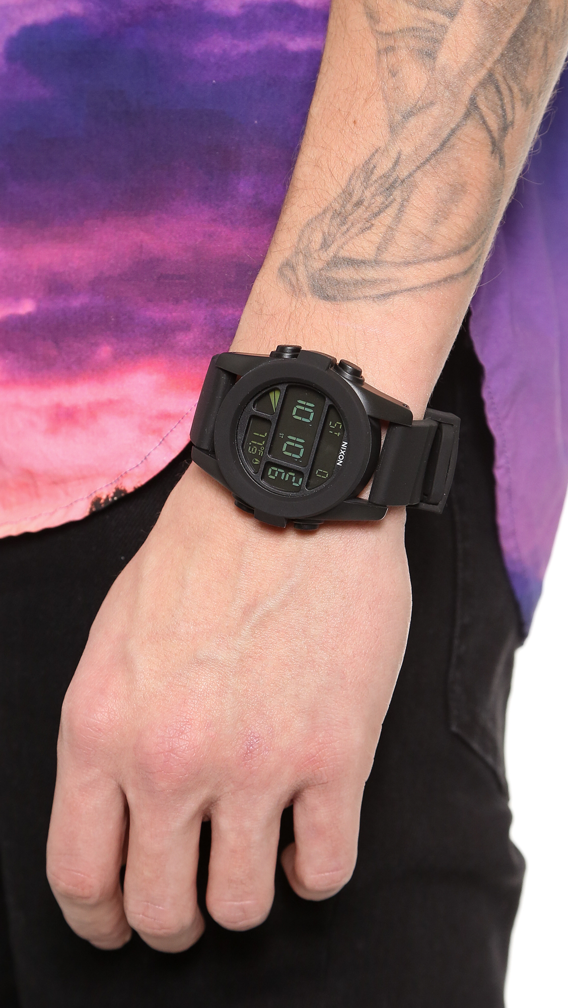 Nixon The Unit Hitam