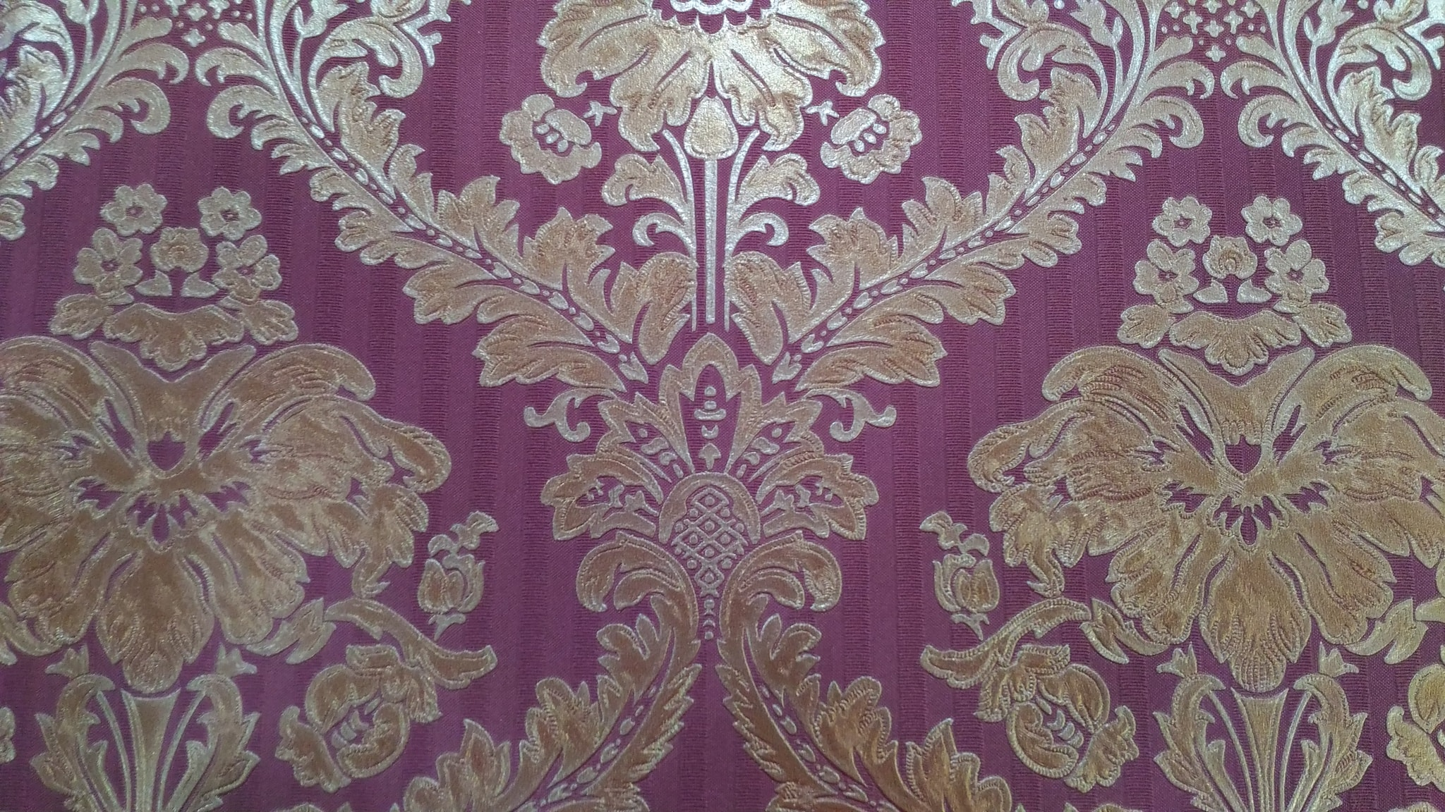 Jual Wallpaper Dinding Motif Batik Warna Ungu Unique Carpet