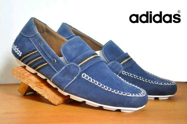 sepatu adidas slop sampanye biru suede Murah