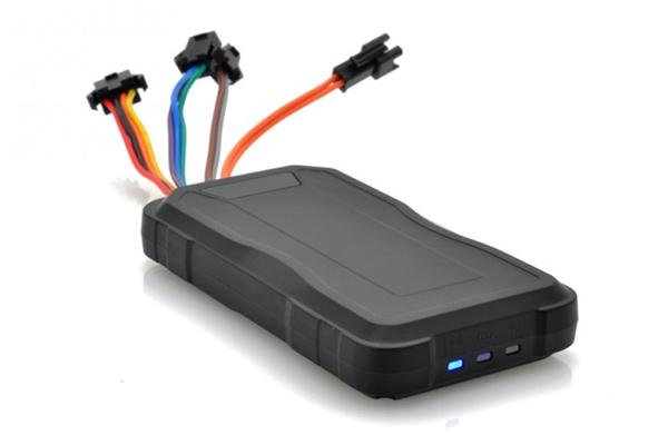 GPS Tracker Mobil / Motor tipe Terbaru TR06 alat pelacak GROSIR !!!
