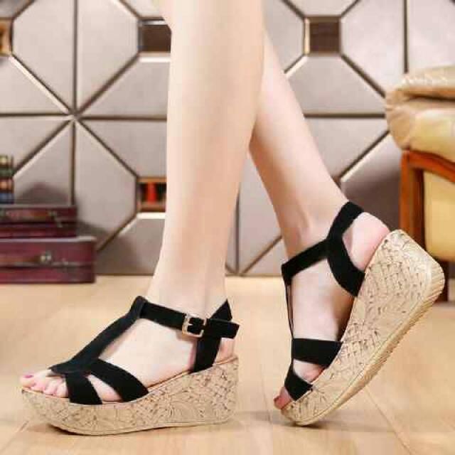 ... Terbaru Source · Jual Jual Sepatu Wedges Murah GWS 918 HITAM Anggun Shoes Tokopedia Source Jual Sandal wanita