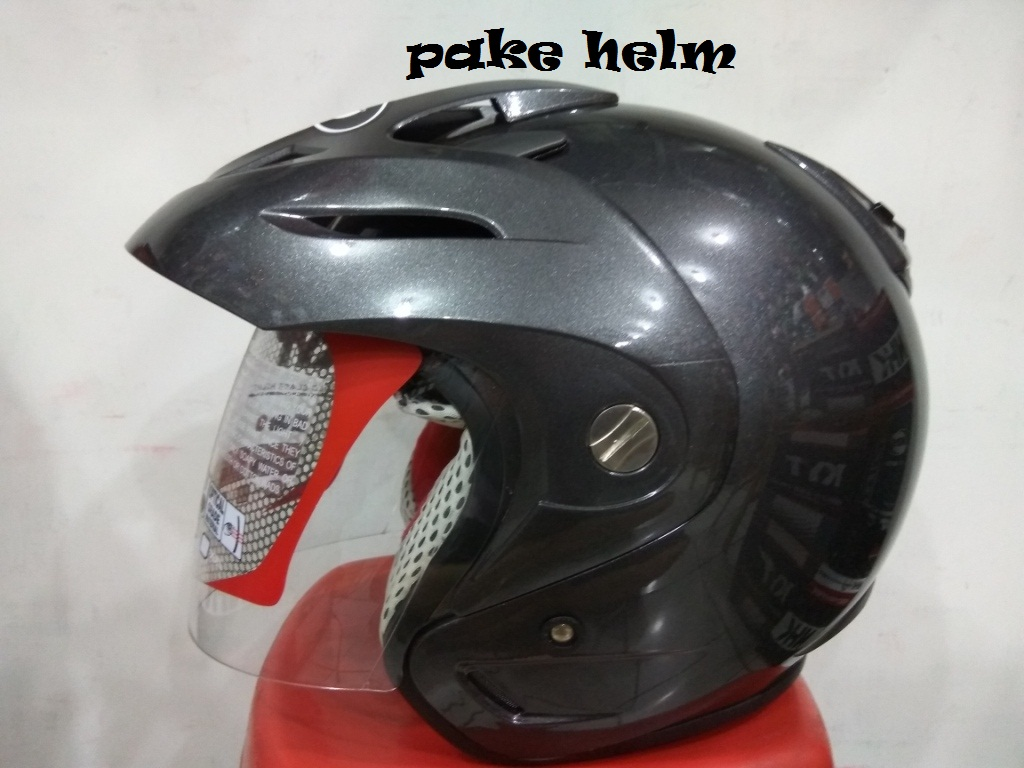 ulasan produk helm kyt romeo solid gun metal abu abu tua - pake