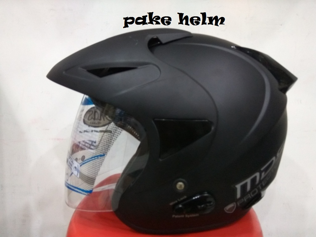 Jual HELM MDS PROTECTOR SOLID HITAM DOFF .
