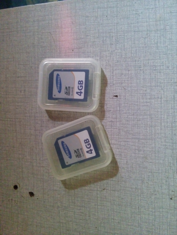 Samsung SDHC 4 GB Memory Card Utk Kamera DSLR & Keyboard Musik Murah