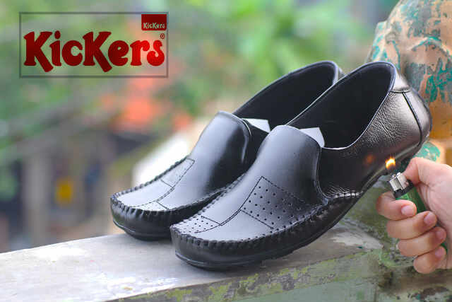 sepatu kickers trunk hitam kulit