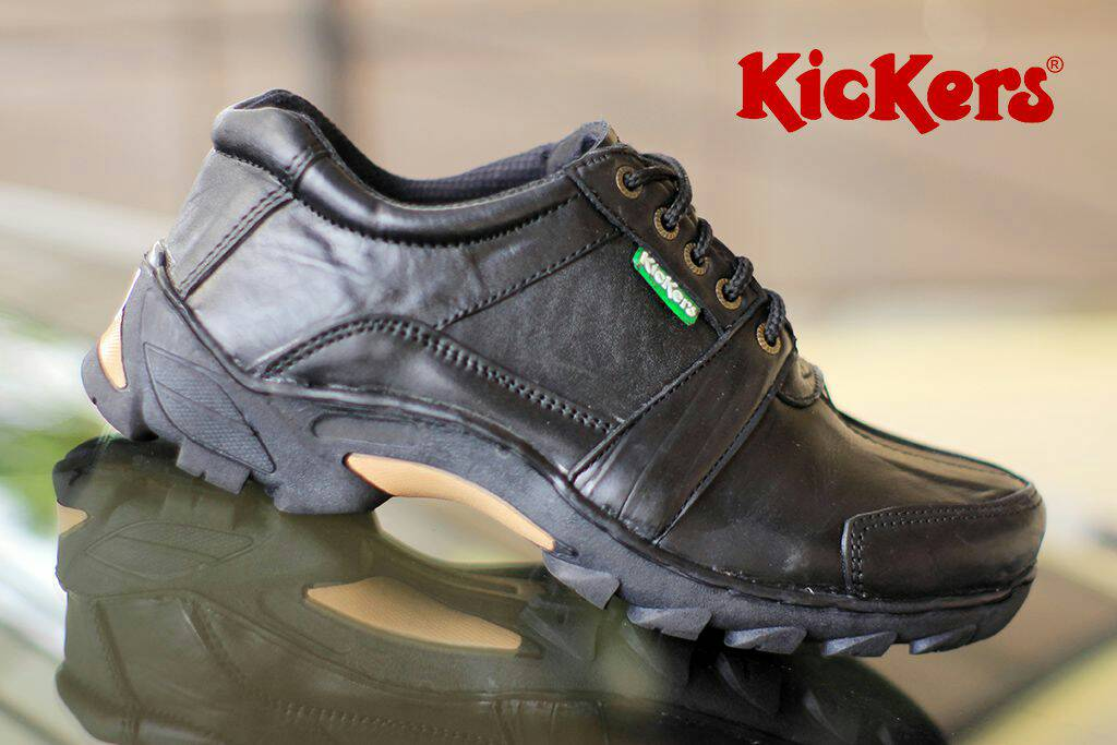 kickers corvette gear black kulit