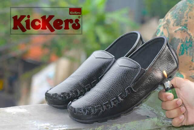 sepatu kickers bo hitam kulit