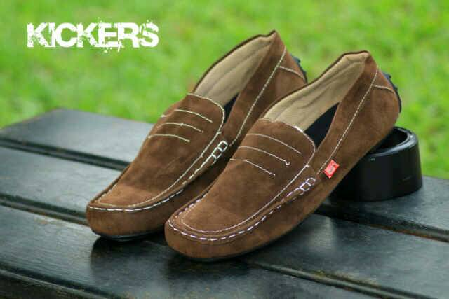 sepatu kickers slip on medusa brown suede
