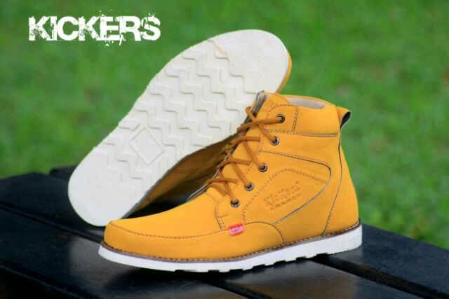 sepatu boot kickers rasmus tan