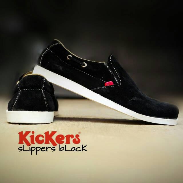 sepatu kickers slipper black suede
