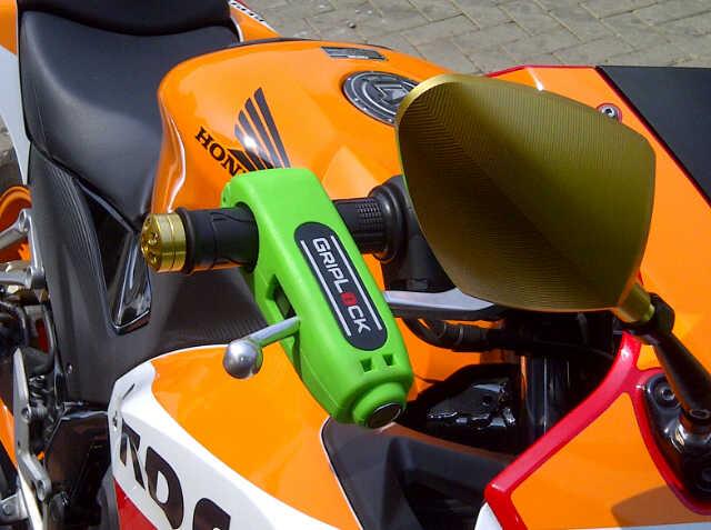 Griplock Grip Lock Kunci Gembok Pengaman Anti Maling Stang Motor Mur