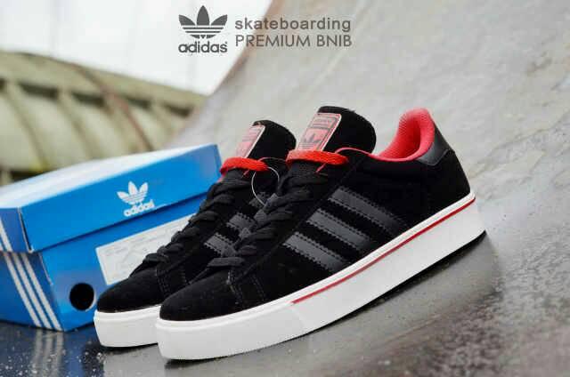 adidas skateboarding premium black Murah