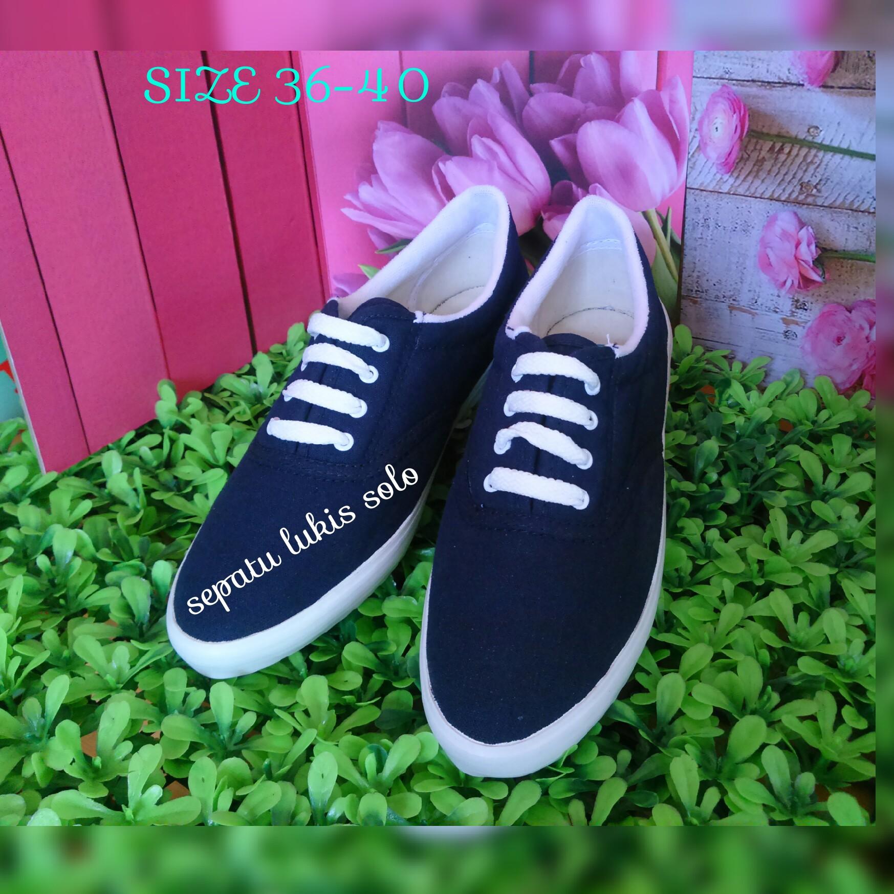 Jual Sepatu KAnvas polos biru navy flat shoes sepatu cewek grosir sepatu Sepatu Lukis Solo