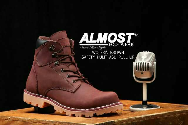 almost wolfrin brown safety boot kulit pull up