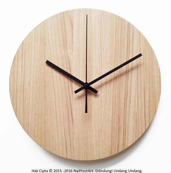 Jam Dinding Unik Artistik - BasicMapple Wall Clock