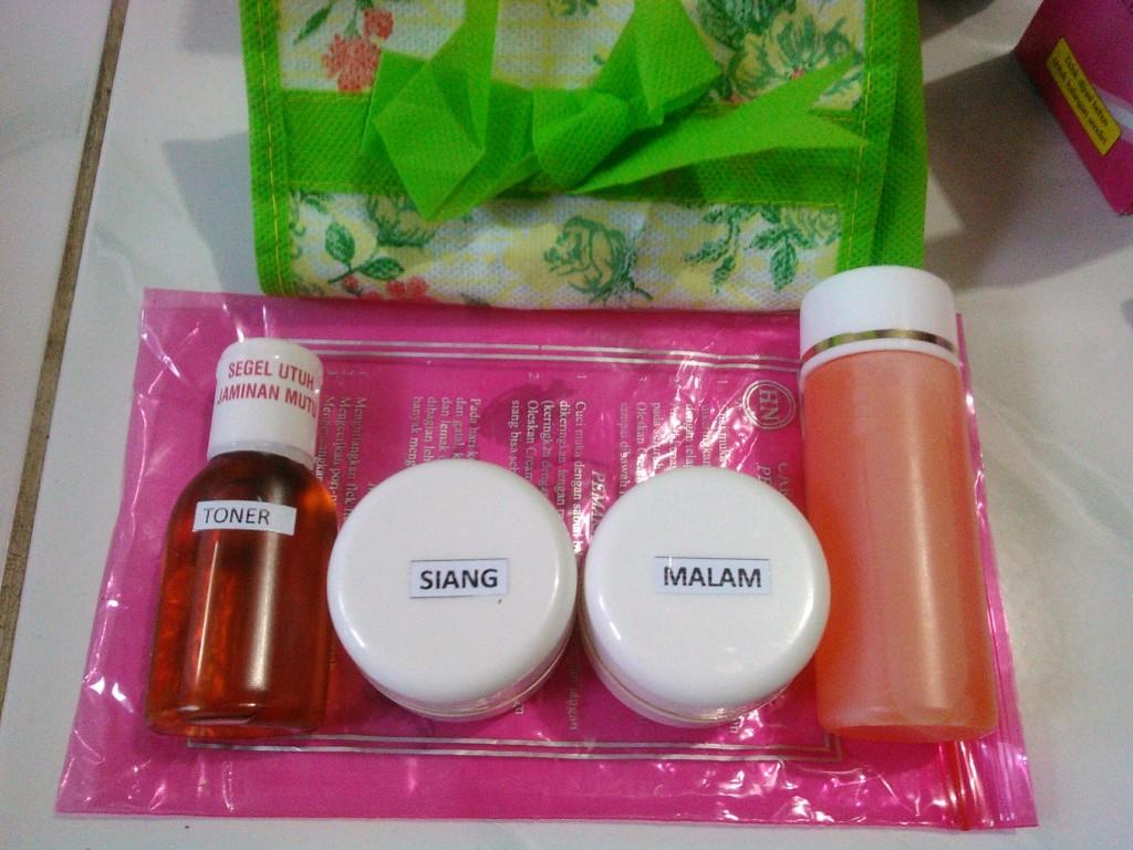 Mesh Cream HN Original Hetty Nugrahati 15gr 1 Paket Lazada Indonesia Source · Jual paket krim